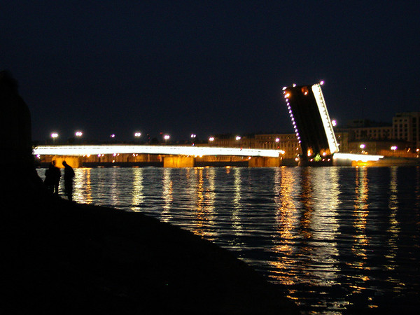 Bridge Raising - Saint Petersburg