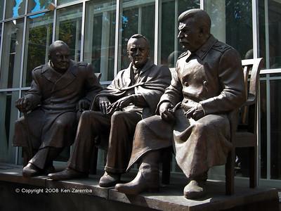 Zurab Tsereteli's Art Gallery Monument to Stalin Roosevelt and Churchill