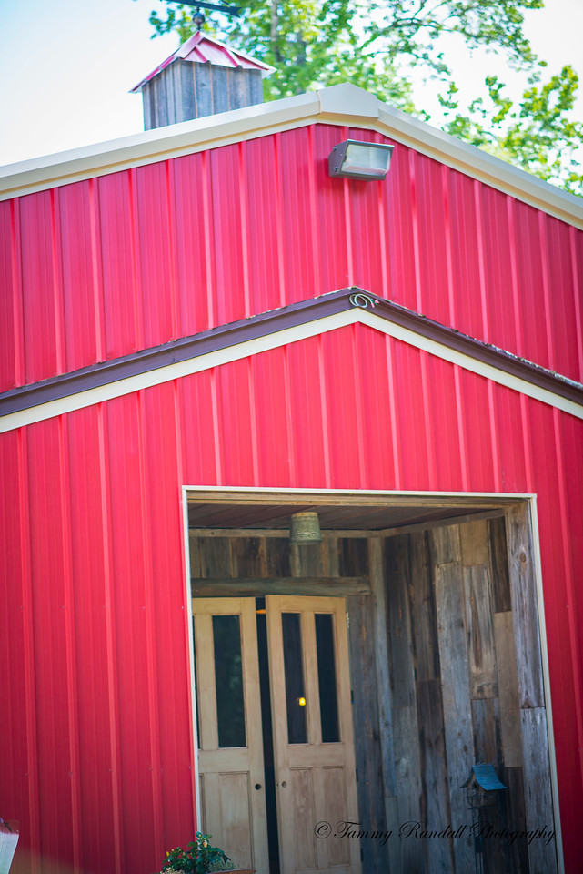 Rustic Barn pics July-8889