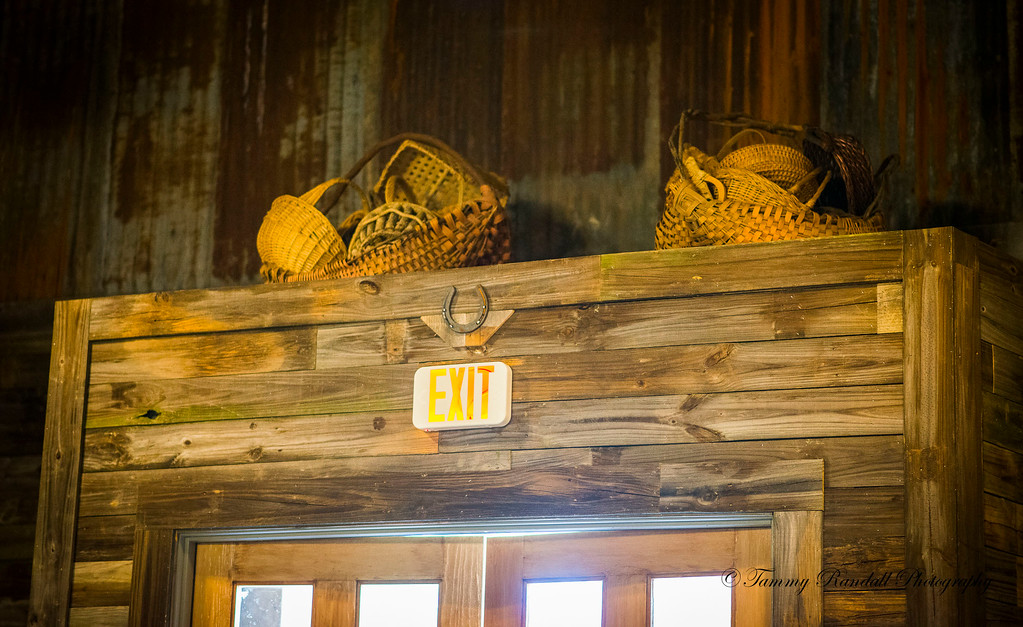 Rustic Barn pics July-8877