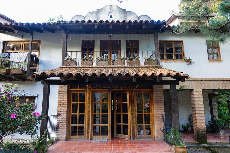 Caerio Valuz Hotel