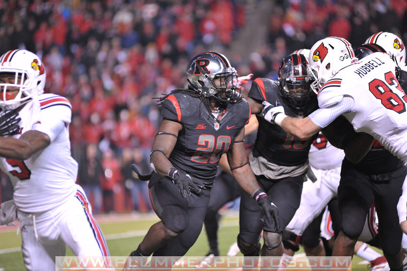 Rutgers linebacker, KHASEEM GREENE (20), pursues the ball in the de facto Big East championship game against Louisville at Highpoint Solutions Stadium in Piscataway, New Jersey.