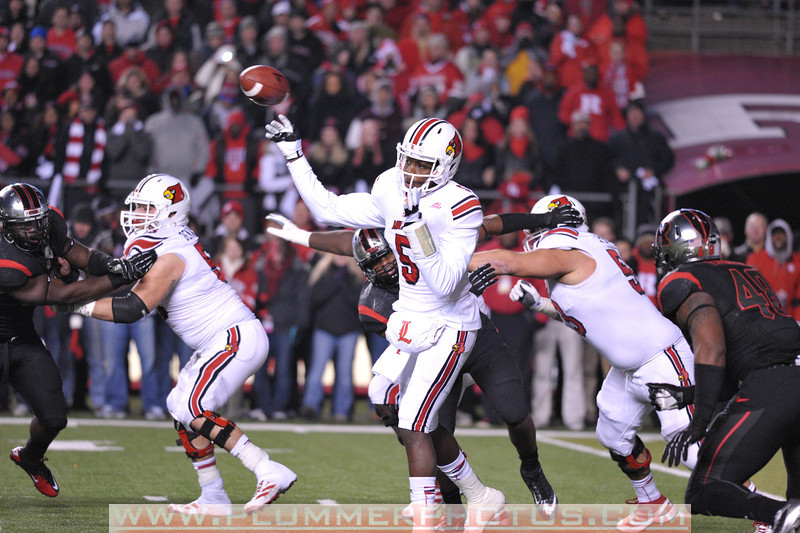 Louisville quarterback, TEDDY BRIDGEWATER (5), attempts a pass in the first half of the de facto Big East championship game against Rutgers at Highpoint Solutions Stadium in Piscataway, New Jersey.