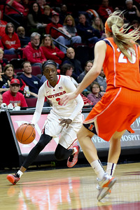 NCAAW Basketball 2015 - Rutgers Defeats Illinois 80-56