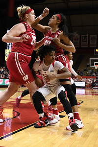 NCAAW Basketball 2016 - Rutgers Beats Wisconsin 68-52