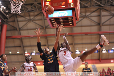 Rutgers guard, KAHLEAH COPPER (2), drives to the basket against La Salle University in a game at the Rutgers Athletic Center in Piscataway, New Jersey.