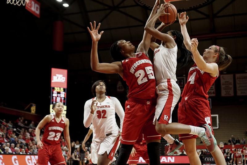 NCAAW Basketball 2016 - Rutgers Beats Wisconsin 61-41