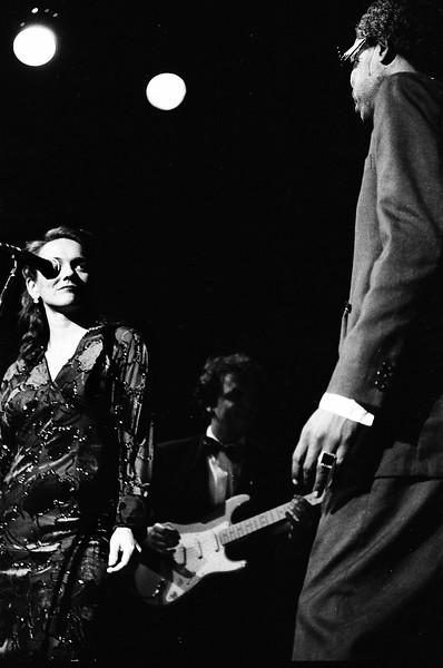 Dez.1995 - Teatro Mars - Ataulfo Alves por Itamar Assumpção + banda Isca de Polícia, Para semre agora - Foto: Mônica Bento / www.monicabento.com