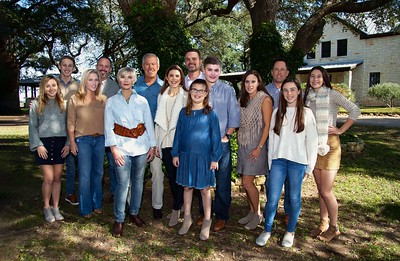 S & G Family-25_PS_pp_no shoulder