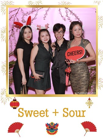 Sweet-and-Sour-S+S-Year-End-Party-instant-print-photobooth-in-Thao-Dien-Saigon-chup-anh-in-hinh-lay-lien-tiec-Tat-tien-tai-TP-HCM-WefieBox-Photobooth-Vietnam-19
