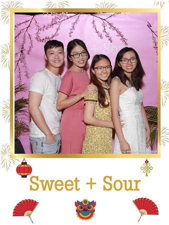 Sweet-and-Sour-S+S-Year-End-Party-instant-print-photobooth-in-Thao-Dien-Saigon-chup-anh-in-hinh-lay-lien-tiec-Tat-tien-tai-TP-HCM-WefieBox-Photobooth-Vietnam-26