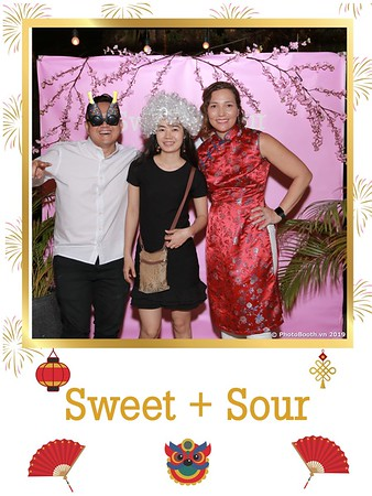 Sweet-and-Sour-S+S-Year-End-Party-instant-print-photobooth-in-Thao-Dien-Saigon-chup-anh-in-hinh-lay-lien-tiec-Tat-tien-tai-TP-HCM-WefieBox-Photobooth-Vietnam-03
