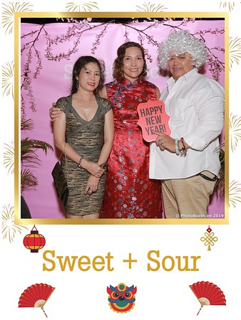 Sweet-and-Sour-S+S-Year-End-Party-instant-print-photobooth-in-Thao-Dien-Saigon-chup-anh-in-hinh-lay-lien-tiec-Tat-tien-tai-TP-HCM-WefieBox-Photobooth-Vietnam-05