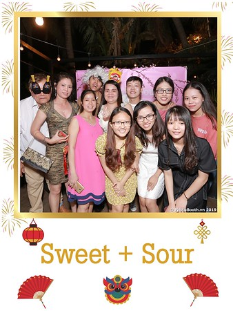 Sweet-and-Sour-S+S-Year-End-Party-instant-print-photobooth-in-Thao-Dien-Saigon-chup-anh-in-hinh-lay-lien-tiec-Tat-tien-tai-TP-HCM-WefieBox-Photobooth-Vietnam-14