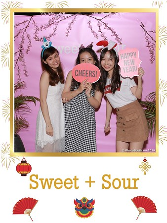 Sweet-and-Sour-S+S-Year-End-Party-instant-print-photobooth-in-Thao-Dien-Saigon-chup-anh-in-hinh-lay-lien-tiec-Tat-tien-tai-TP-HCM-WefieBox-Photobooth-Vietnam-06