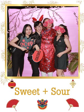 Sweet-and-Sour-S+S-Year-End-Party-instant-print-photobooth-in-Thao-Dien-Saigon-chup-anh-in-hinh-lay-lien-tiec-Tat-tien-tai-TP-HCM-WefieBox-Photobooth-Vietnam-29