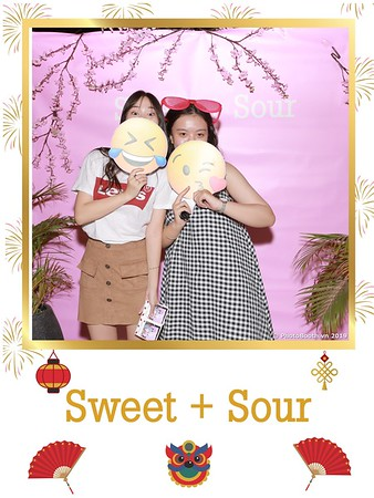 Sweet-and-Sour-S+S-Year-End-Party-instant-print-photobooth-in-Thao-Dien-Saigon-chup-anh-in-hinh-lay-lien-tiec-Tat-tien-tai-TP-HCM-WefieBox-Photobooth-Vietnam-33