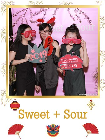 Sweet-and-Sour-S+S-Year-End-Party-instant-print-photobooth-in-Thao-Dien-Saigon-chup-anh-in-hinh-lay-lien-tiec-Tat-tien-tai-TP-HCM-WefieBox-Photobooth-Vietnam-28