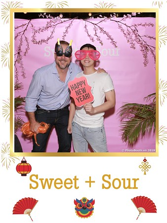 Sweet-and-Sour-S+S-Year-End-Party-instant-print-photobooth-in-Thao-Dien-Saigon-chup-anh-in-hinh-lay-lien-tiec-Tat-tien-tai-TP-HCM-WefieBox-Photobooth-Vietnam-43