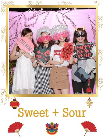 Sweet-and-Sour-S+S-Year-End-Party-instant-print-photobooth-in-Thao-Dien-Saigon-chup-anh-in-hinh-lay-lien-tiec-Tat-tien-tai-TP-HCM-WefieBox-Photobooth-Vietnam-22