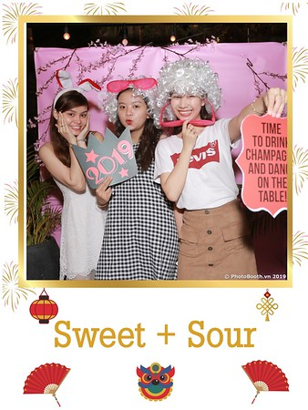 Sweet-and-Sour-S+S-Year-End-Party-instant-print-photobooth-in-Thao-Dien-Saigon-chup-anh-in-hinh-lay-lien-tiec-Tat-tien-tai-TP-HCM-WefieBox-Photobooth-Vietnam-24