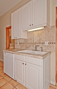 kitchen sink detail