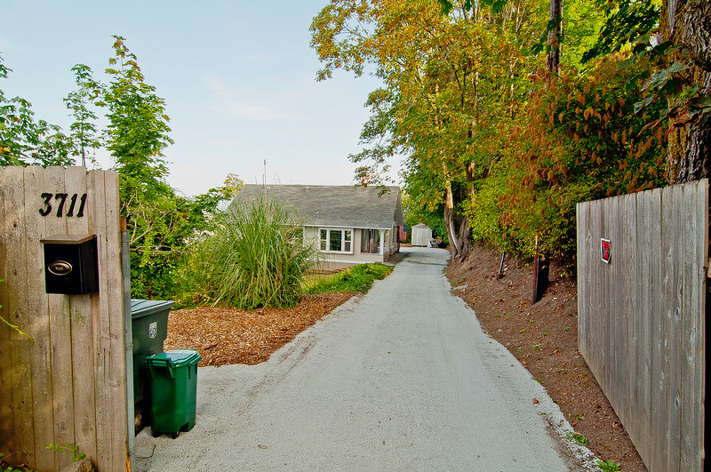 front drive gate