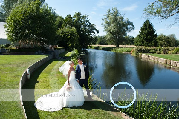 Carly & James - Le TALBOOTH