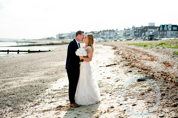 Hollie & Craig - THE ROSLIN