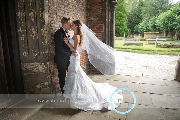Rebecca & Samuel - Dedham Church & Le TALBOOTH