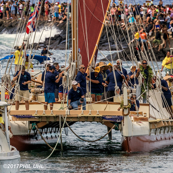 Hokule'a Arrives in Honolulu