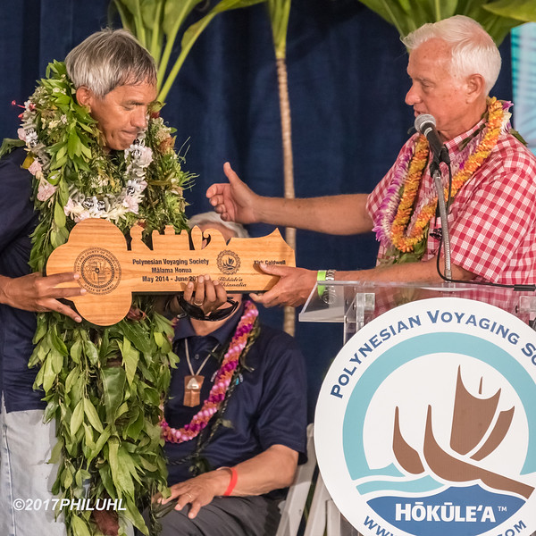 Nainoa Thompson & Mayor Caldwell