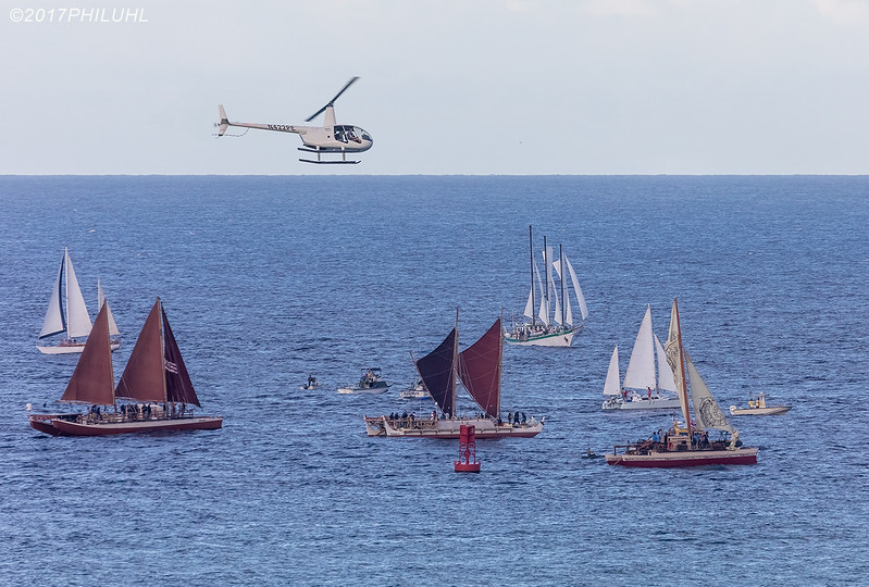 Hokulea at Diamond Head Bouy