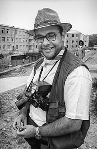 Edmond Terakopian in Karabakh. 1994. Photo: Hakob Berberyan