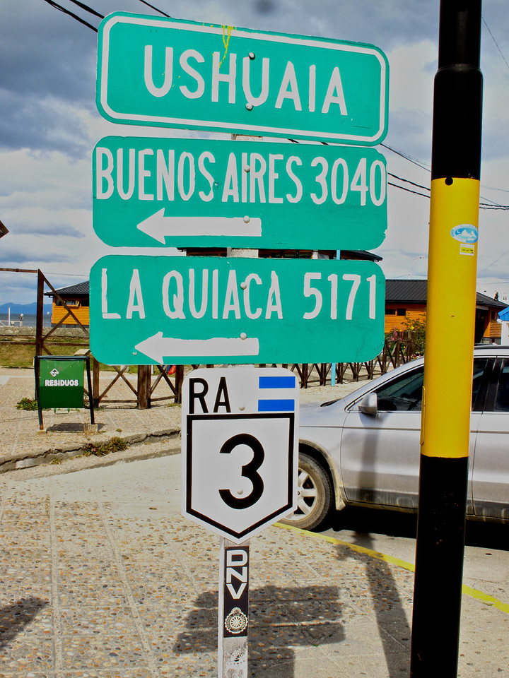 Buenos Aires is only 1824 miles away by car.  LaQuaca, in the far north of Argentina is 3103 miles.
