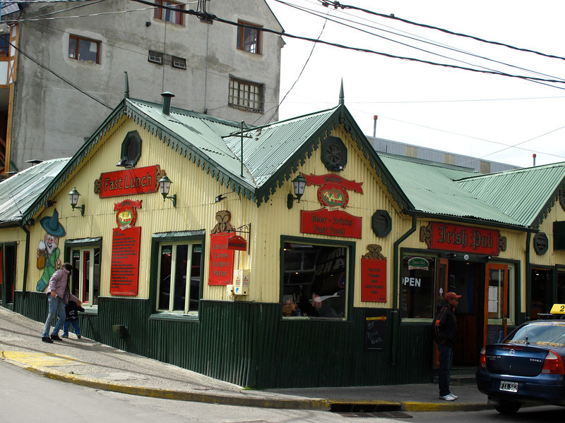 """Fortunately, """"franchised"""" food operations have yet to hit Ushuaia.  We stopped for lunch here and the food was good."""