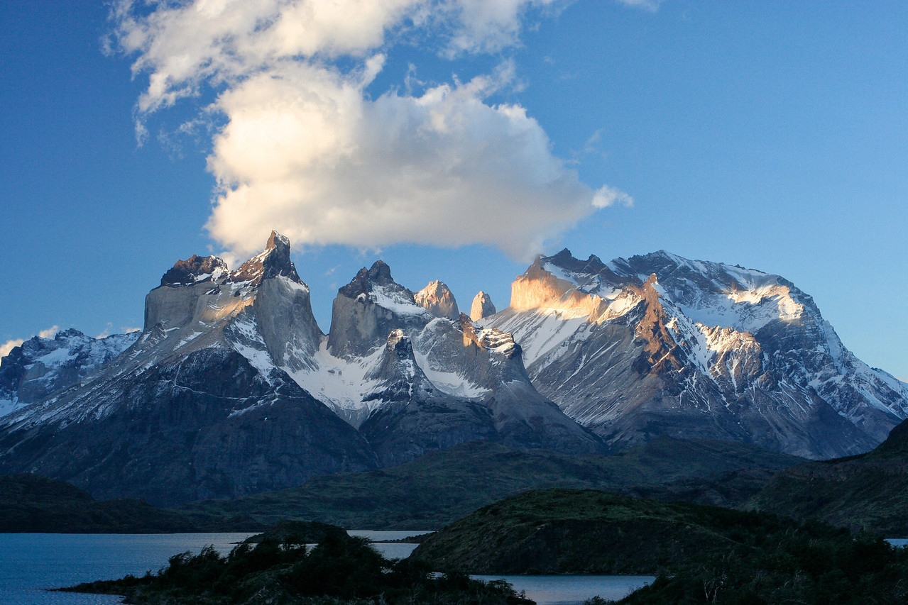 The weather changes extremely rapidly in Patagonia, so it can be sunny one minute and cloudy and foggy the next.