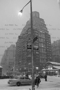 snow in New York City: 72nd Street & Amsterdam Avenue, Upper West Side