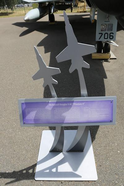 V50A1189