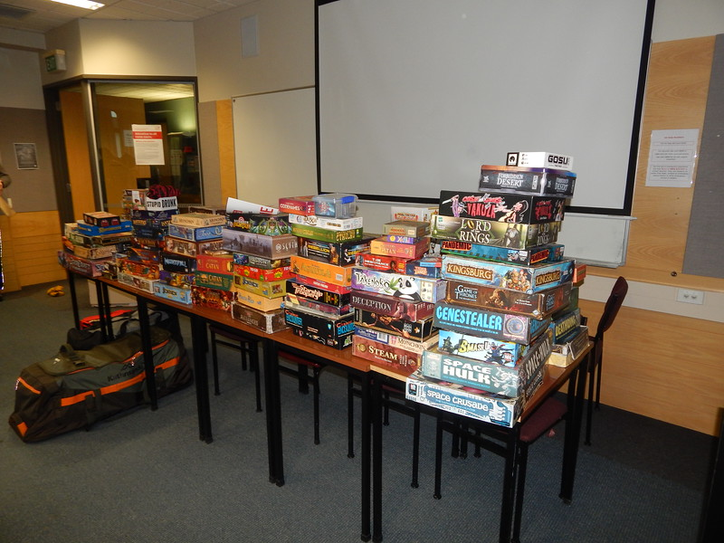 Satruday: Board games for the playing