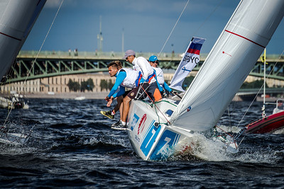 The team from St. Petersburg Yacht Club (Hosting Club of Qualifier 3) at Semifinal 2 in Season 2018