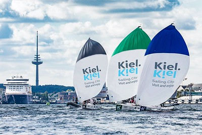 Sailing in the heart of Kiel in the Inner Fjord © SAILING Champions League/Lars Wehrmann