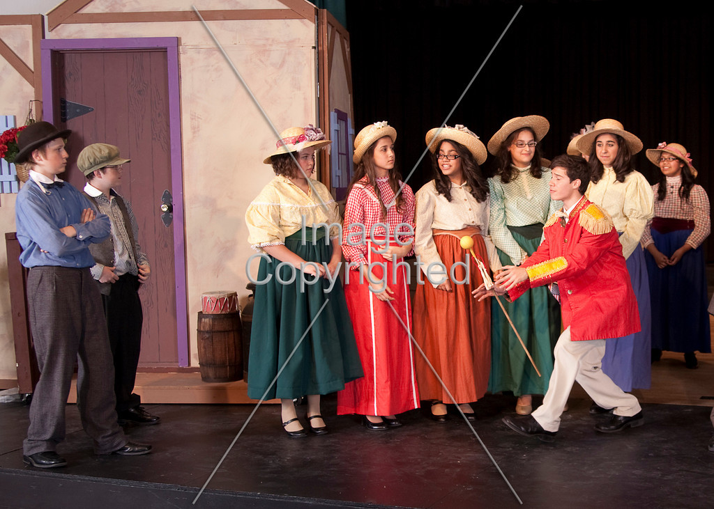 221-Music Man-ACTION-5x7- _MG_8925