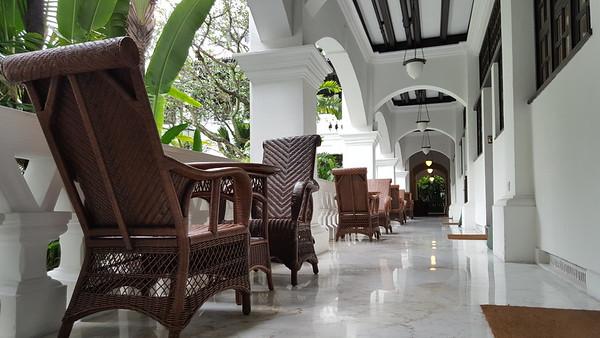 Hotel Suites Building