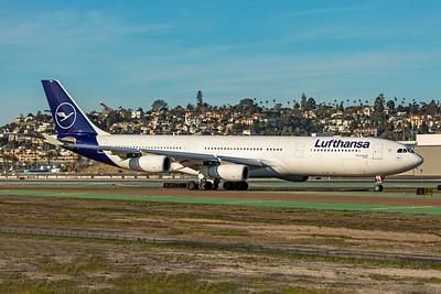 Lufthansa Airbus A340-313 D-AIGT 1-31-20 4