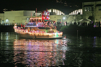 SAN RAFAEL LIGHTED BOAT PARADE 0031