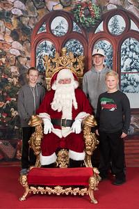 Santa 12-8-17-593