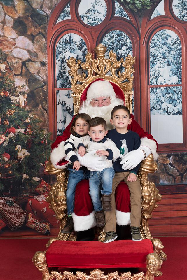 Santa 12-8-17-597