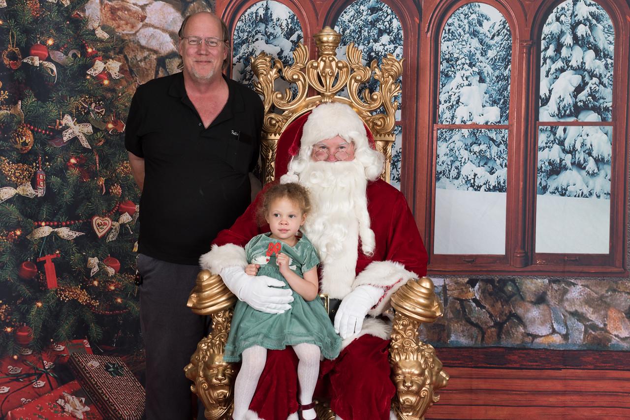 Santa 12-8-17-959