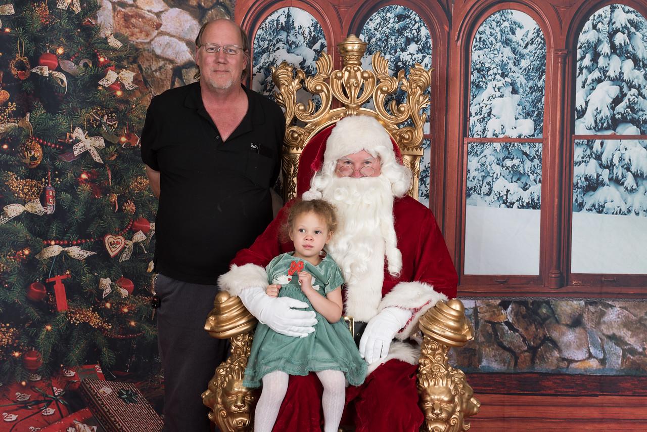 Santa 12-8-17-955